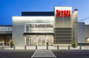 Philip Castleton Photography Commercial  Architectural  Photographer - Tanger Shopping Mall